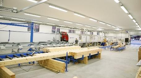 フィンランド・ログハウス工場