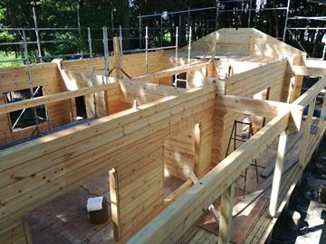 平屋ログハウスの構造