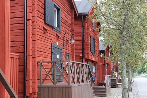 フィンランドの古いログハウス