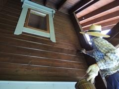 ログハウスのメンテナンス・外壁再塗装